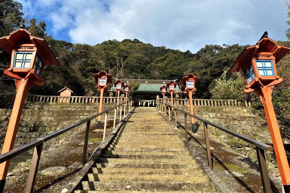 志自岐羽黒神社【岩瀬浦】-0