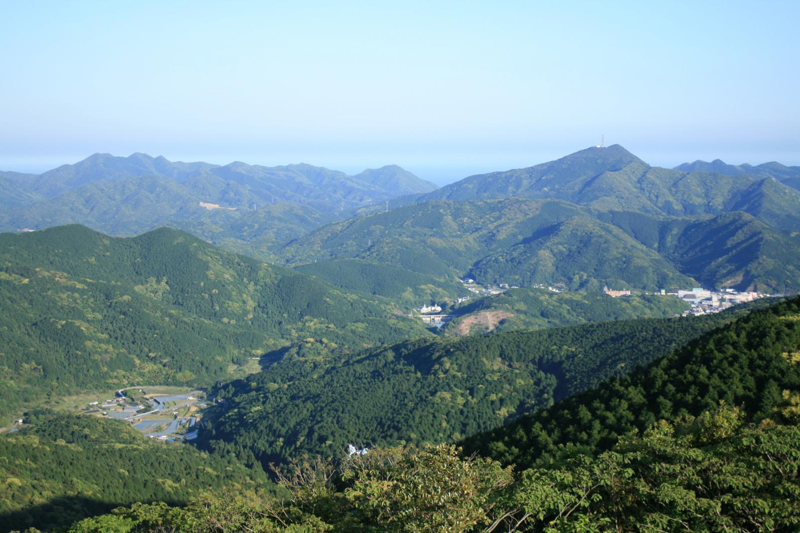 高熨斗山-3