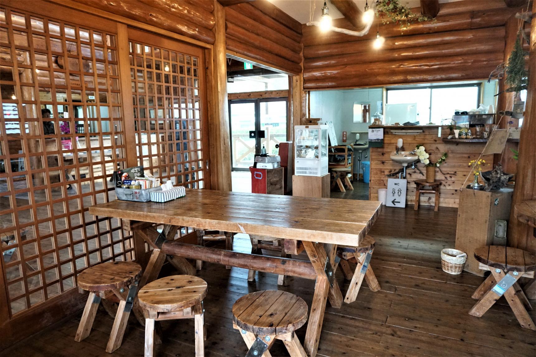 Re-harmo Cafe-3